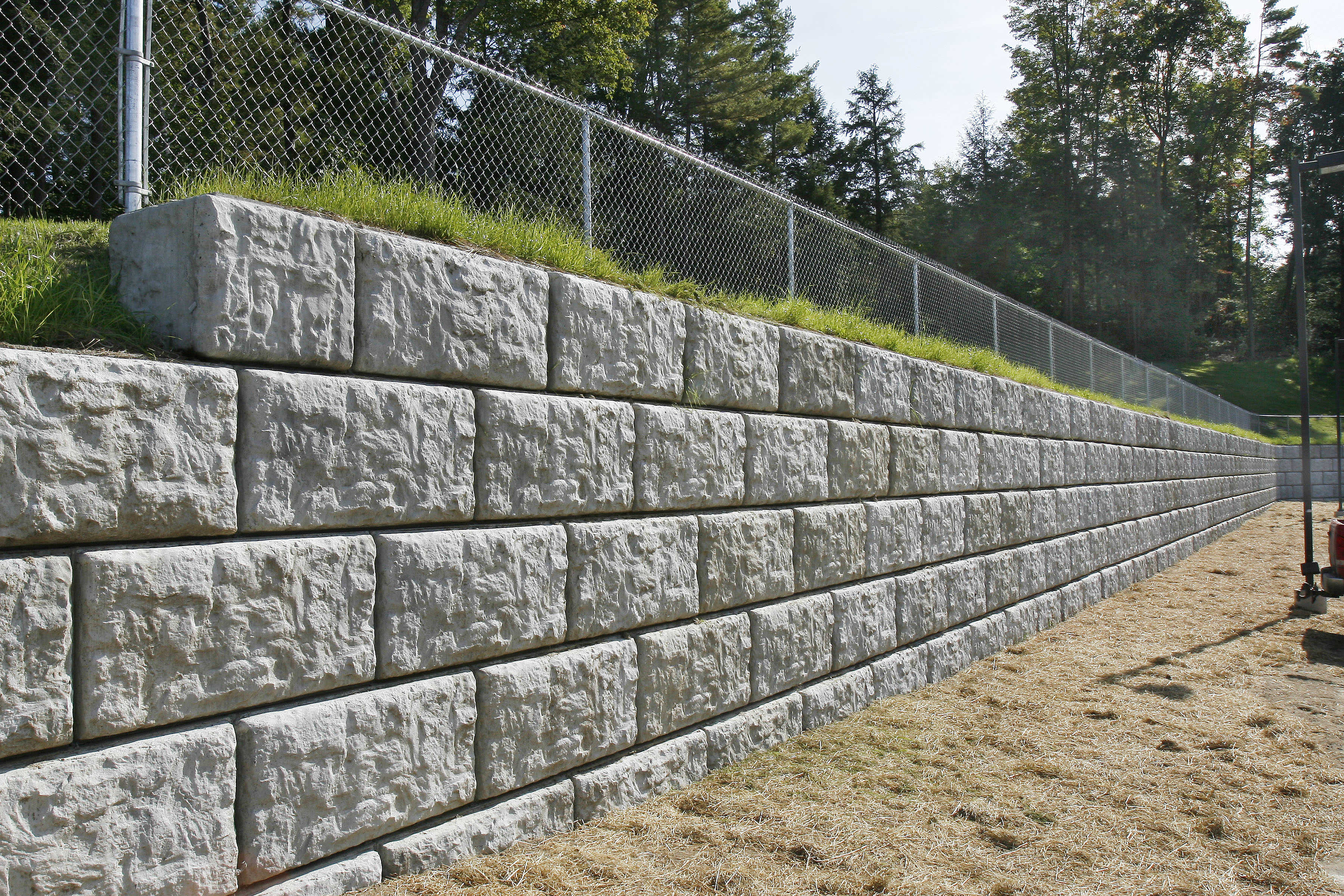 Pre Cast Patio Retaining Wall Blocks R Deso Inc